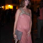 Daniela Ramos, novia de Antonio de la Rúa, dejo ver su embarazo